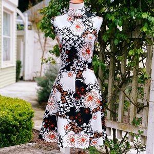 1960's MW Japanese Floral Print Mini Dress